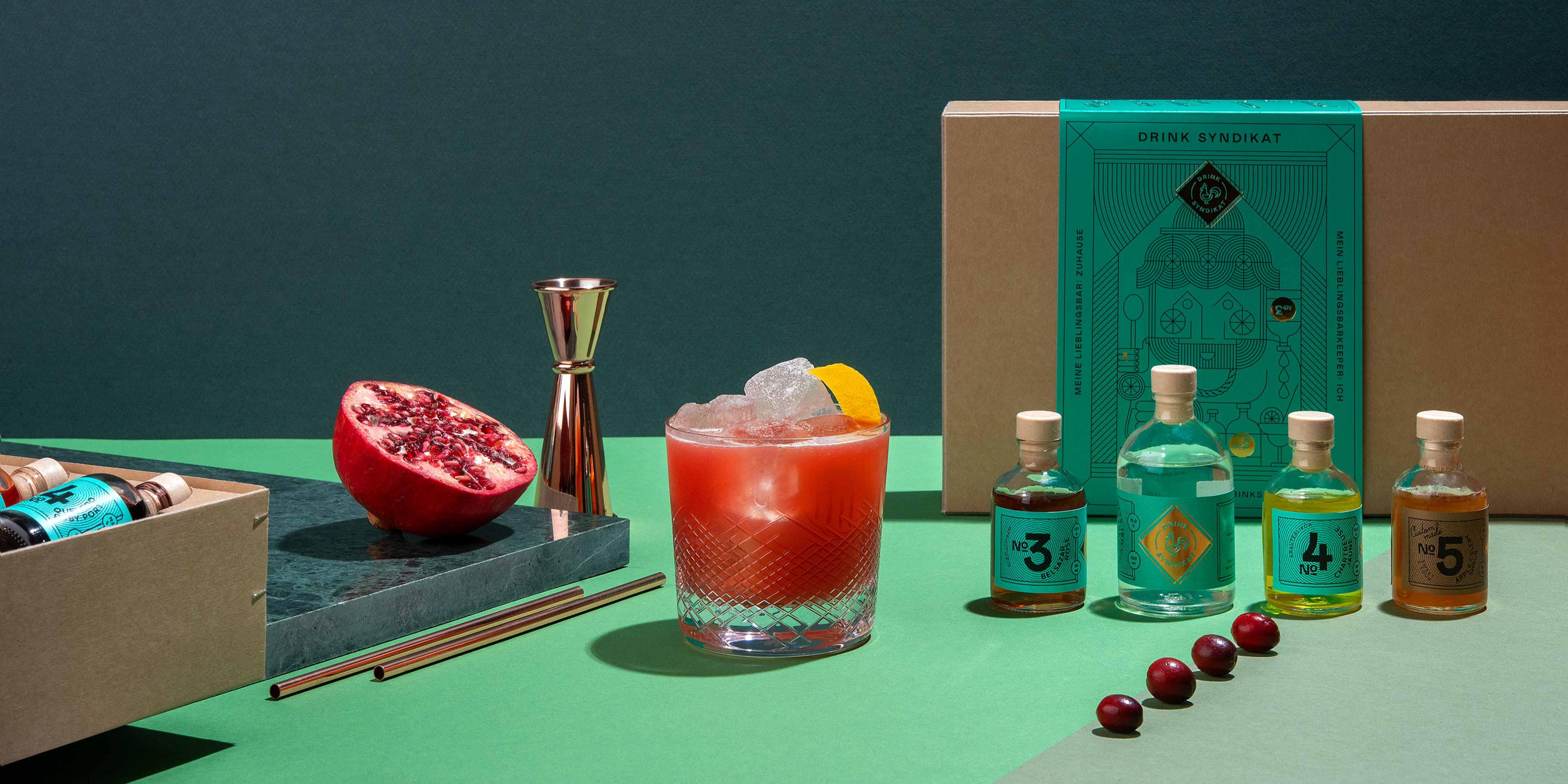 Geschenkset zum Cocktails selber machen zuhause. Drink Syndikat - Die Meisterwerke der Barszene für zuhause.